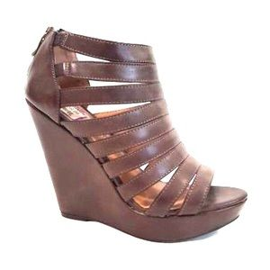 🔥FIRE SALE🔥 NWT Chinese Laundry Strappy Wedge